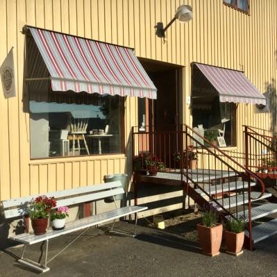 Entren till Den gamla butiken i Örsbäck